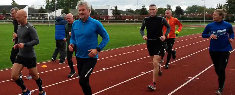 Løbekursus på 400-meterbanen i Idrætsparken i Nyborg