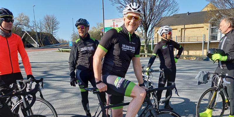 Fælles start på cykeltræning på racer i Idrætsparken